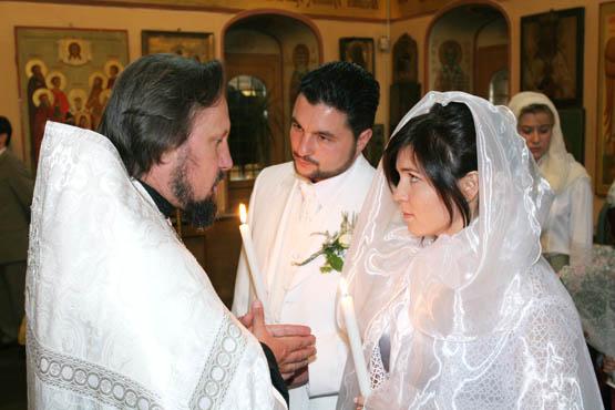 В Петербурге Церковь будет готовить молодые пары к семейной жизни