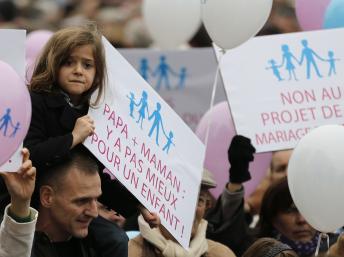 Франция - Манифестация против однополых браков собрала 1,4 миллиона человек