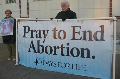 Всё больше абортивных клиник закрывается благодаря кампании «40 дней за жизнь»