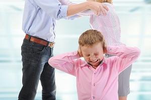 Скандалы в семье негативно влияют на развитие и здоровье детей
