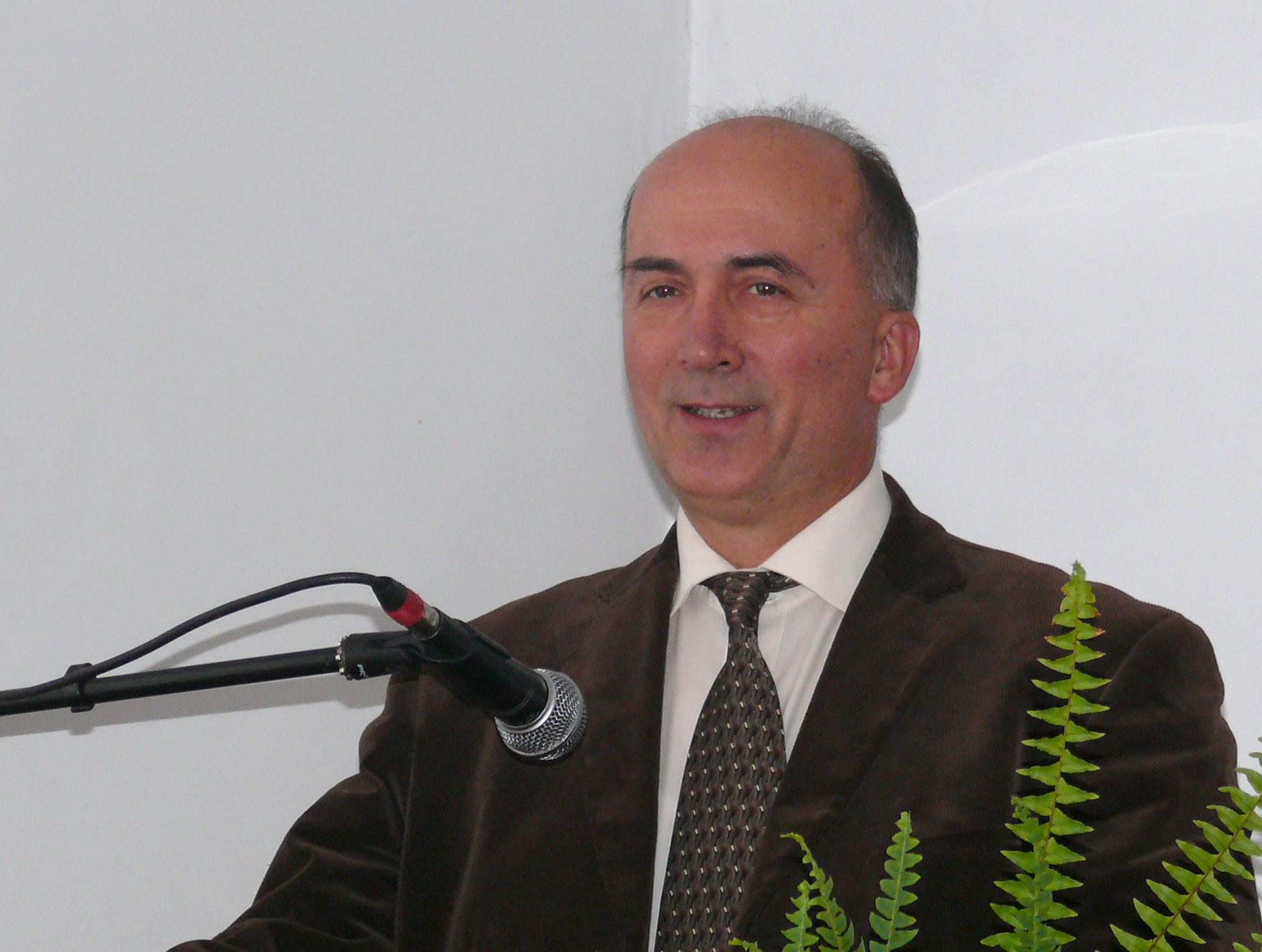 Антун Лисец о необходимости запрета искусственного оплодотворения