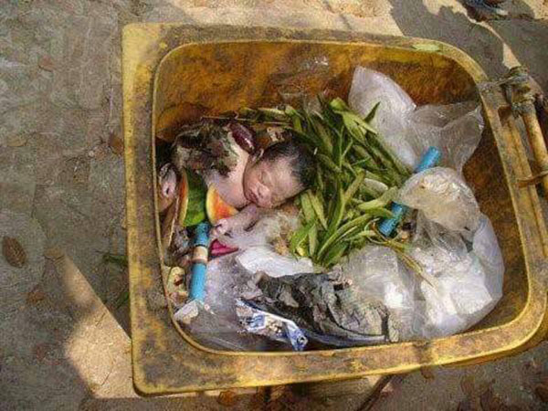 baby abandoned in trash 2