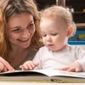 Исследования показали, что книги развивают детей лучше, чем игрушки и  гаджеты