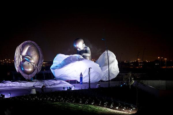 20131008SCULPTURE_Doha-slide-FJ1R-slide