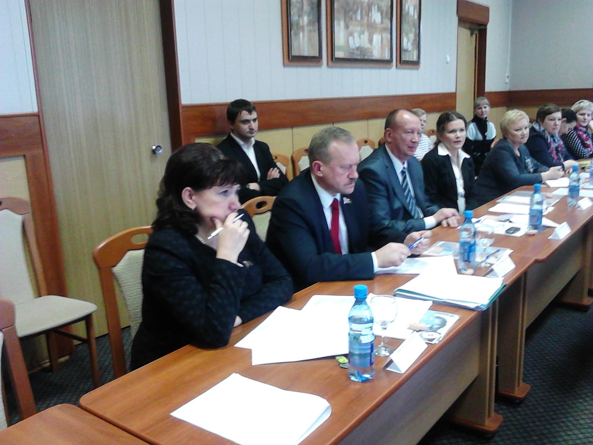 Общественные слушания о внесении изменений в Закон «О здравоохранении» состоялись в Полоцке (видео)