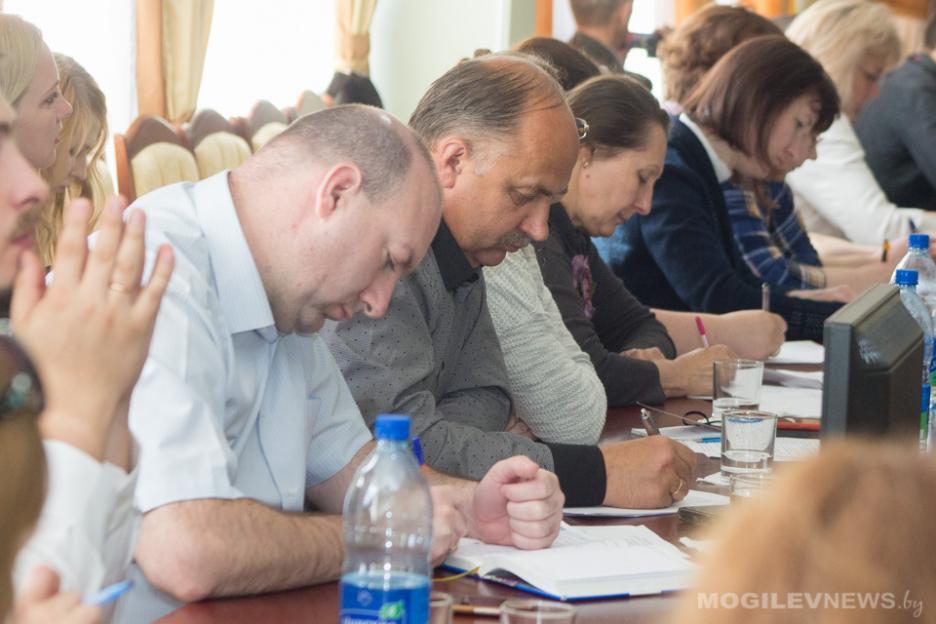Круглый стол «Крепкая семья – сильное государство» прошел в Могилеве