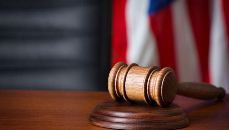Взрослые дети гомосексуалов свидетельствуют в суде против однополых «браков»