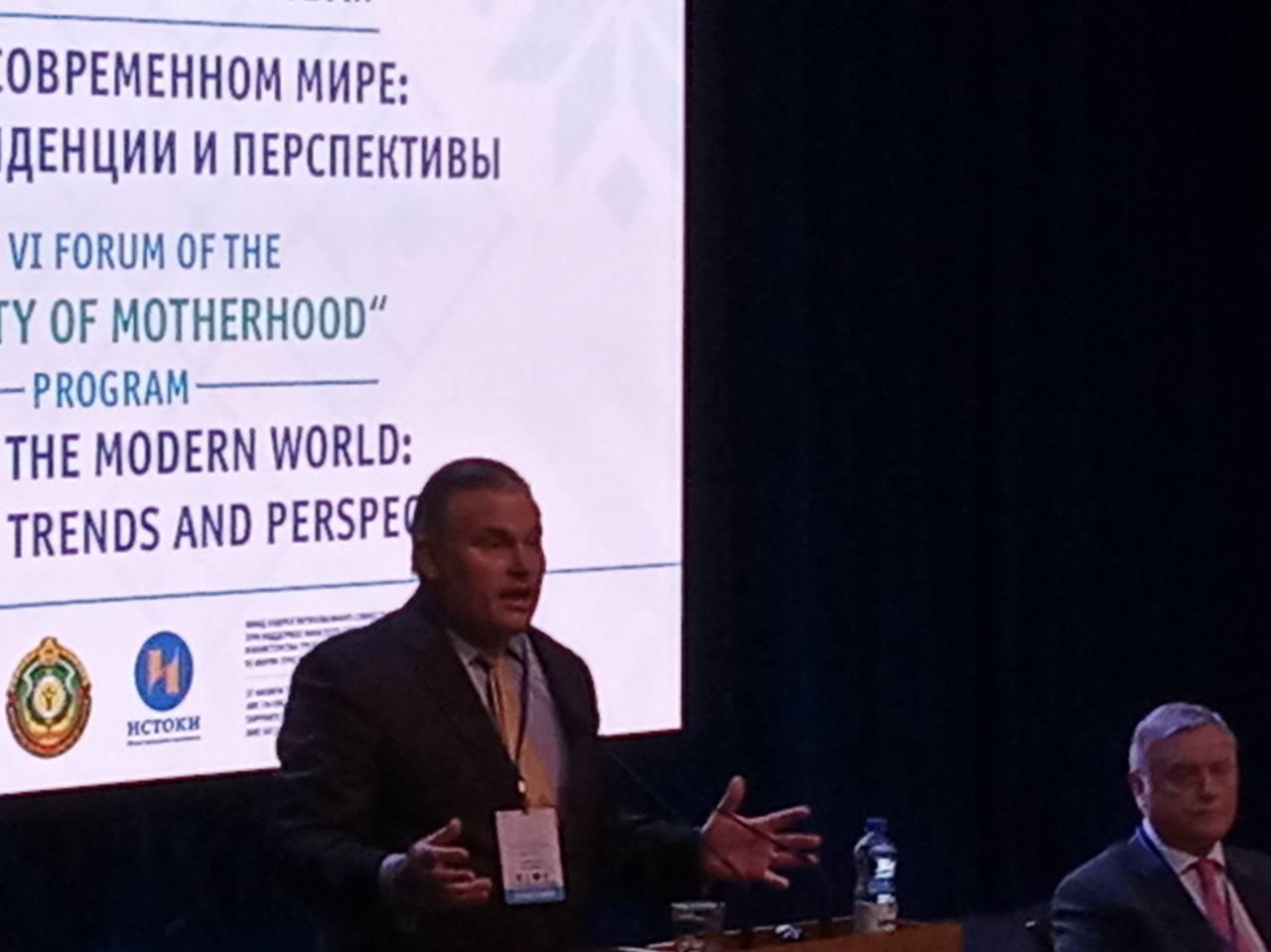 Брайан Браун, Президент Международной организации в защиту семьи об американской действительности