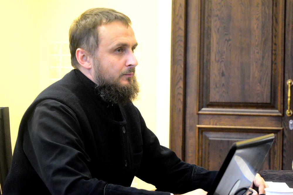Церковной работе в защиту жизни и семьи посвятили заключительное заседание Рождественских чтений в Минске