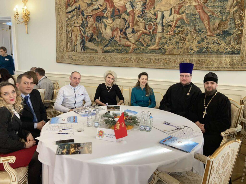 Большой круглый стол с участием многодетных семей прошел в Несвиже