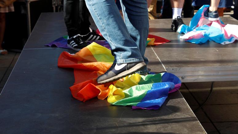 Около 40 тысяч литовцев вышло на улицы Вильнюса  с протестами против однополых браков